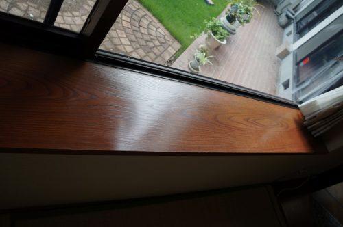 日焼けした窓枠のリフォーム